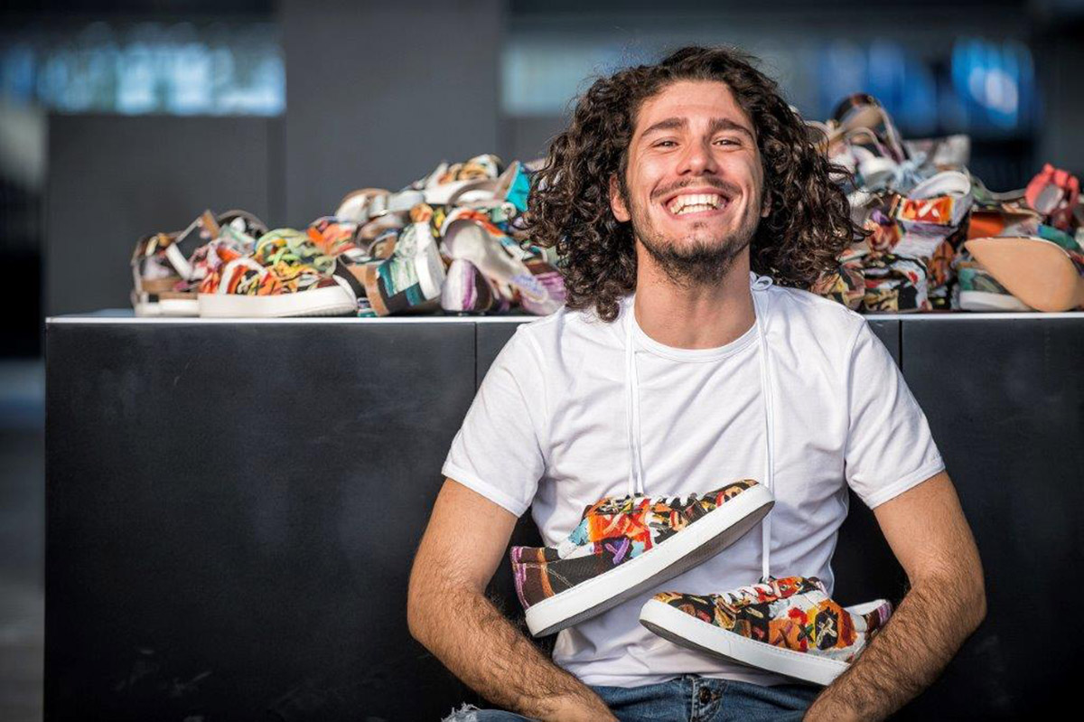 Sporcatevi-le-Mani-Alberto-Del-Biondi-spa-Andrea-shoes-web